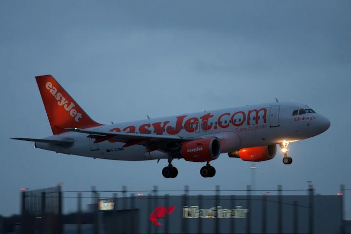 Airbus A.319, Easyjet, Schiphol
