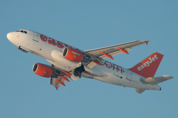 Airbus A.320, Easyjet, Schiphol