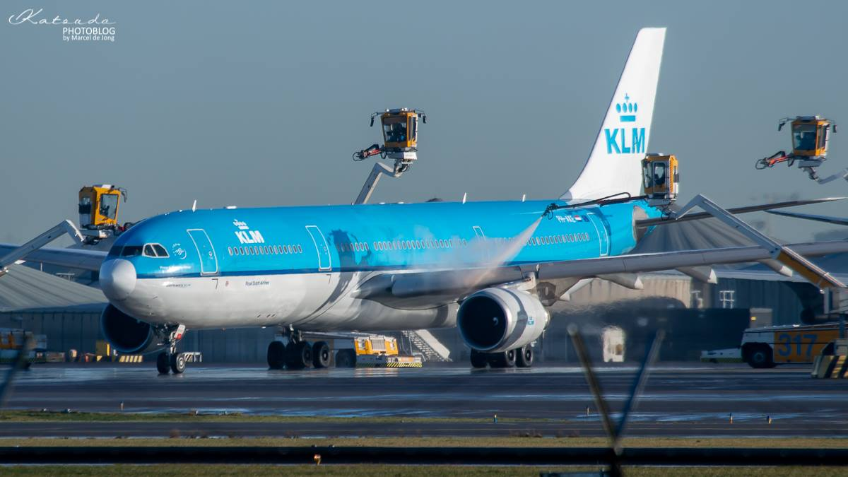 Airbus A.330, KLM, Schiphol