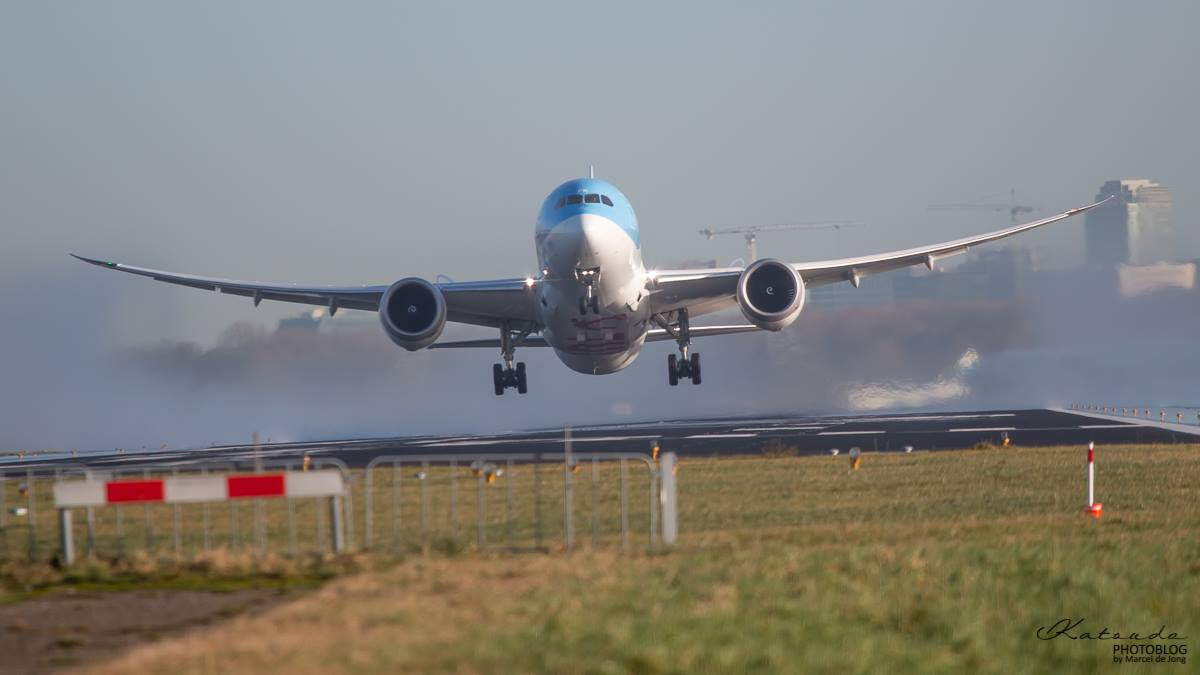 Boeing 787, TUI Airlines, Schiphol