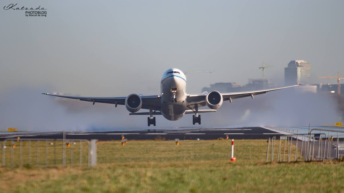 Boeing 777, Air China, Schiphol